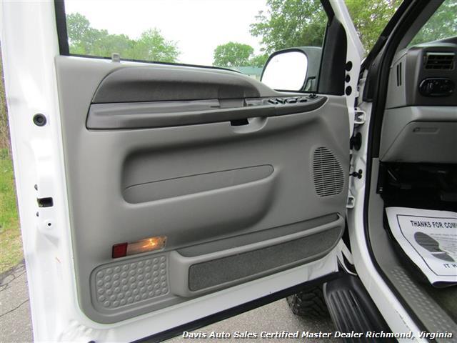 2002 Ford Excursion XLT 4X4 7.3 Power Stroke Turbo Diesel 9 Passenger - Photo 33 - Richmond, VA 23237
