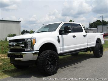 2017 Ford F-250 Super Duty XLT Lifted 4X4 Crew Cab Long Bed Truck