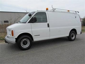 2001 GMC Savana G2500 Van