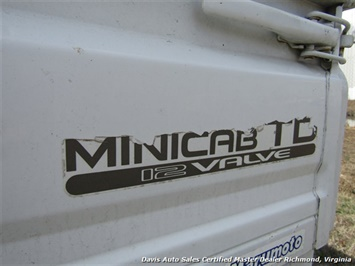 1991 Mitsubishi Mini Cab 12 Valve TD Right Side Drive Manual Shift - Photo 11 - Richmond, VA 23237