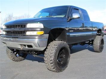 2002 Chevrolet Silverado 1500 LS Truck