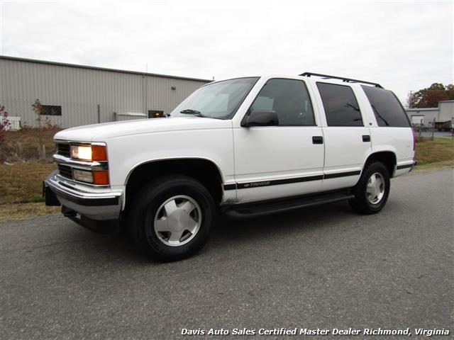 1999 Chevrolet Tahoe LT 4X4 Loaded - Photo 1 - Richmond, VA 23237
