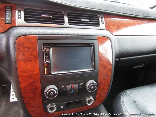 2008 Chevrolet Suburban LT 1500 Lifted 4X4 Loaded - Photo 6 - Richmond, VA 23237
