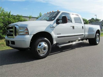 2006 Ford F-350 Super Duty XLT Truck