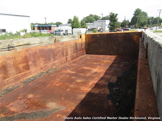 2008 Sterling L7500 LT 75 Cummins Turbo Diesel Tandem Axle Commercial Work Dump Truck - Photo 4 - Richmond, VA 23237