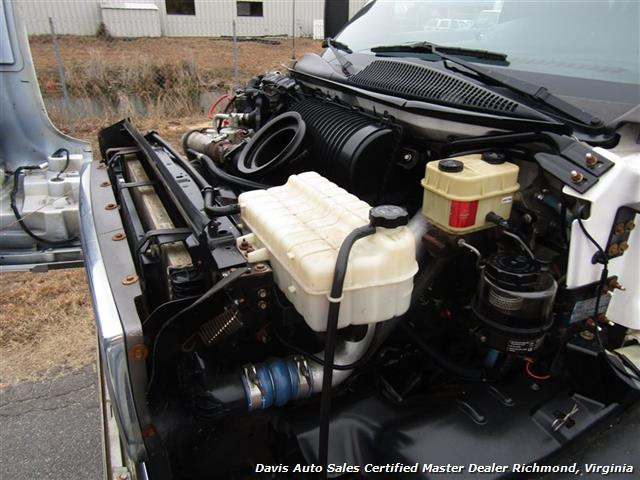 2006 GMC Kodiak Topkick C 5500 6.6 Duramax Turbo Diesel 4X4 Crew Cab Dually - Photo 31 - Richmond, VA 23237