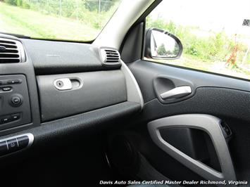 2010 Smart Car fortwo passion 2 Door Hatchback Mercedes - Photo 19 - Richmond, VA 23237