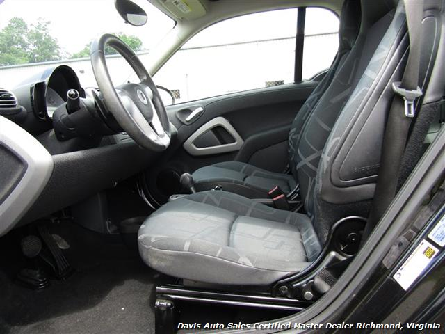 2010 Smart Car fortwo passion 2 Door Hatchback Mercedes - Photo 7 - Richmond, VA 23237