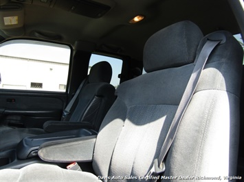 2002 Chevrolet Silverado 2500 HD LS Lifted 4X4 Extended Cab Short Bed Low Miles - Photo 8 - Richmond, VA 23237