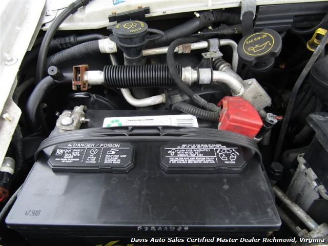 2007 Ford E-350 Super Duty XLT 12 Passenger E-Series Econoline Wagon - Photo 20 - Richmond, VA 23237