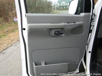 2007 Ford E-350 Super Duty XLT 12 Passenger E-Series Econoline Wagon - Photo 15 - Richmond, VA 23237