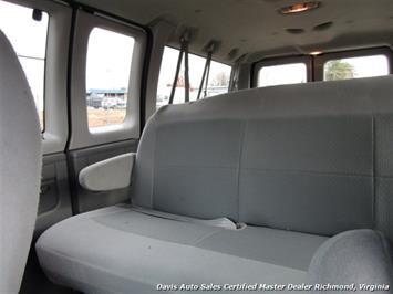 2007 Ford E-350 Super Duty XLT 12 Passenger E-Series Econoline Wagon - Photo 7 - Richmond, VA 23237