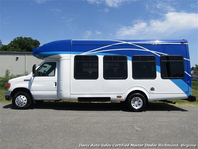 2007 Ford E450 Super Duty Startrans Passenger Shuttle Bus Wheelchair Accessable DRW - Photo 2 - Richmond, VA 23237