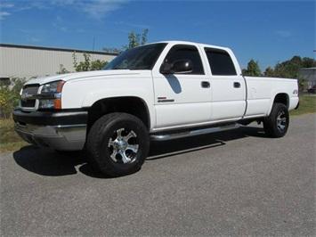 2004 Chevrolet Silverado 2500 LS Truck