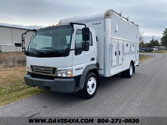 2006 Ford F-450 LCF Powerstroke Diesel Cab Ove