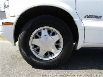 2000 Chevrolet Astro LS Passenger / Family Mini - Photo 10 - Richmond, VA 23237