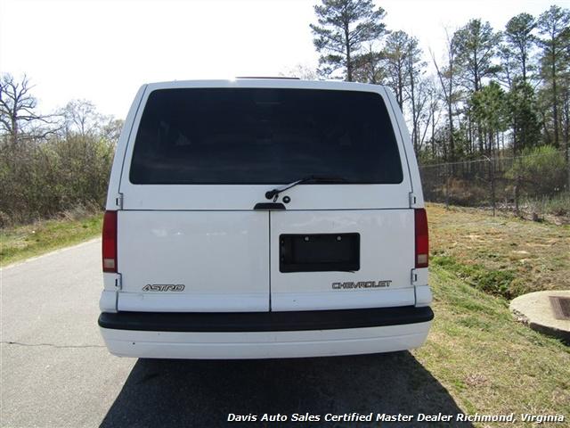 2000 Chevrolet Astro LS Passenger / Family Mini - Photo 4 - Richmond, VA 23237