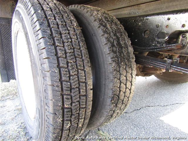 2001 Isuzu NPR Diesel 15 Foot Commercial Work Box Van Truck - Photo 18 - Richmond, VA 23237