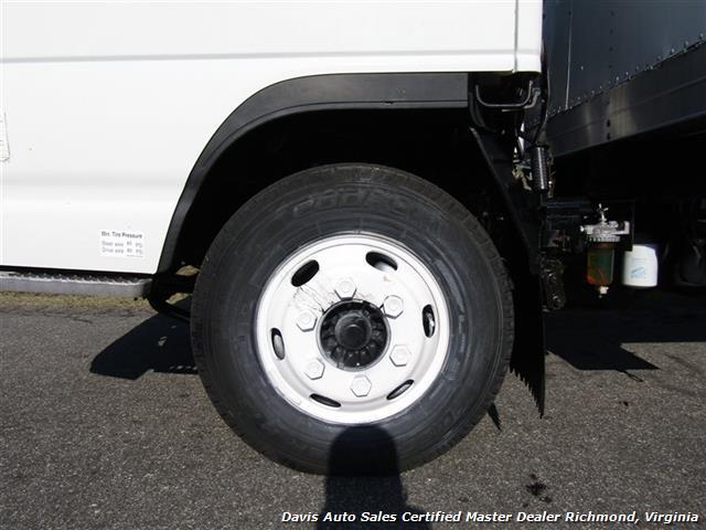 2001 Isuzu NPR Diesel 15 Foot Commercial Work Box Van Truck - Photo 10 - Richmond, VA 23237