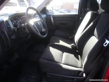 2011 GMC Sierra 2500 SLE Extended Cab 4x4 - Photo 24 - Brighton, CO 80603