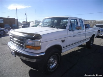 1997 Ford F-250 XLT Extended Cab 4x4 Truck
