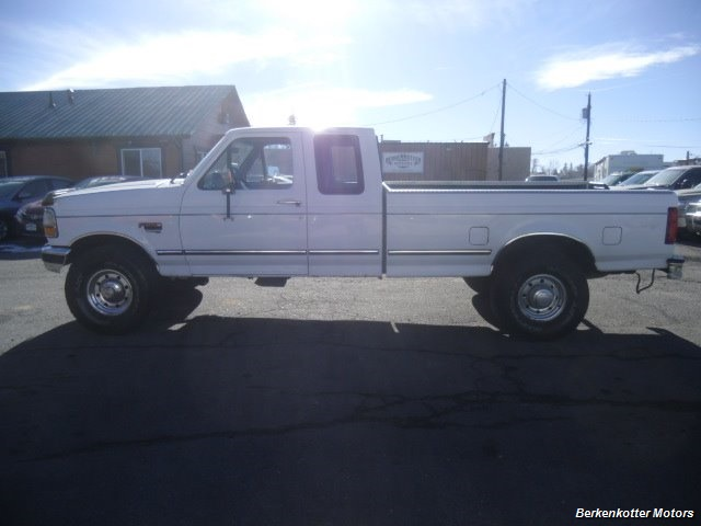 1997 Ford F-250 XLT Extended Cab 4x4 - Photo 6 - Brighton, CO 80603