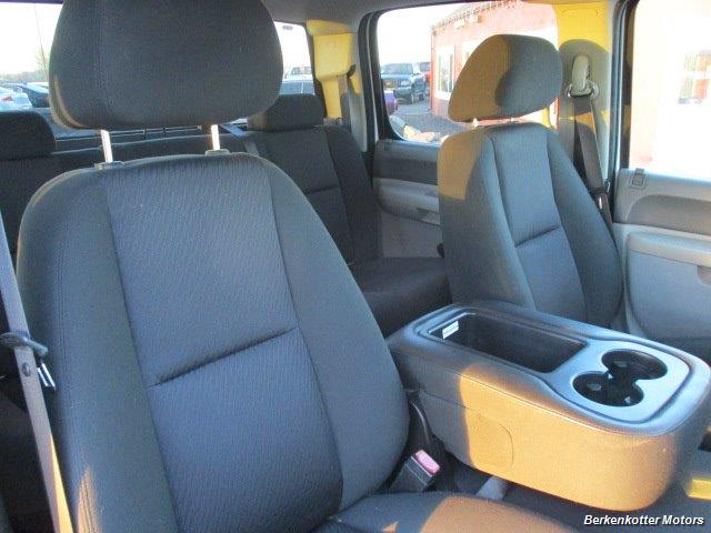 2012 Chevrolet Silverado 2500 Crew Cab 4x4 - Photo 28 - Brighton, CO 80603