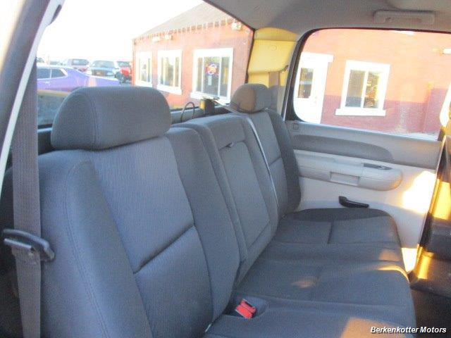 2012 Chevrolet Silverado 2500 Crew Cab 4x4 - Photo 32 - Brighton, CO 80603