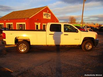 2012 Chevrolet Silverado 2500 Crew Cab 4x4 - Photo 9 - Brighton, CO 80603