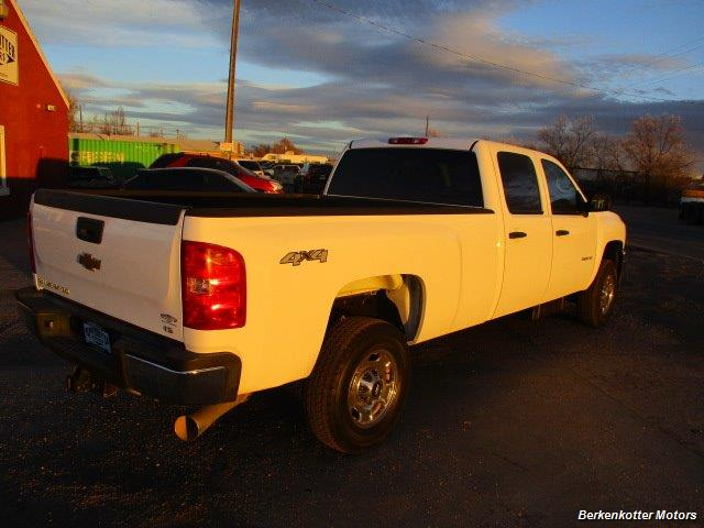 2012 Chevrolet Silverado 2500 Crew Cab 4x4 - Photo 8 - Brighton, CO 80603