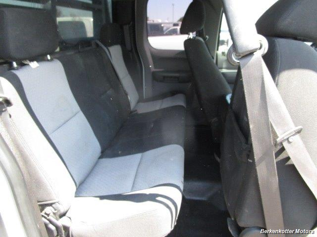 2008 GMC Sierra 3500 Extended Cab Dually 4x4 - Photo 23 - Parker, CO 80134