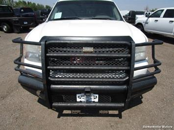 2008 GMC Sierra 3500 Extended Cab Dually 4x4 - Photo 12 - Parker, CO 80134