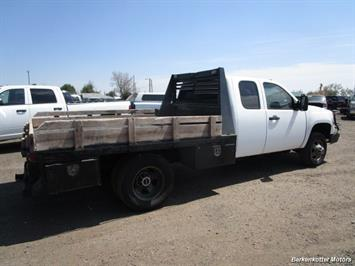 2008 GMC Sierra 3500 Extended Cab Dually 4x4 - Photo 4 - Parker, CO 80134