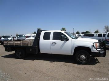 2008 GMC Sierra 3500 Extended Cab Dually 4x4 - Photo 2 - Parker, CO 80134