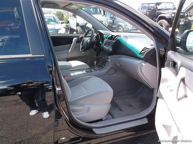 2008 Toyota Highlander AWD - Photo 19 - Brighton, CO 80603