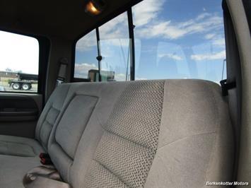 2001 Ford F-250 Super Duty XLT Crew Cab 4x4 - Photo 25 - Castle Rock, CO 80104