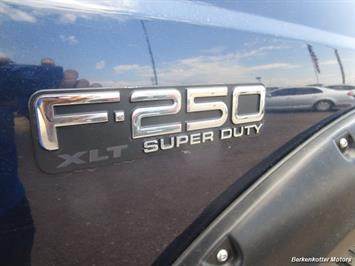 2001 Ford F-250 Super Duty XLT Crew Cab 4x4 - Photo 36 - Castle Rock, CO 80104