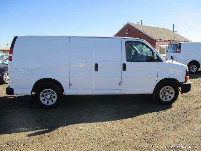 2014 Chevrolet Express 1500 AWD Cargo 4x4 - Photo 8 - Brighton, CO 80603