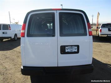 2014 Chevrolet Express 1500 AWD Cargo 4x4 - Photo 6 - Brighton, CO 80603