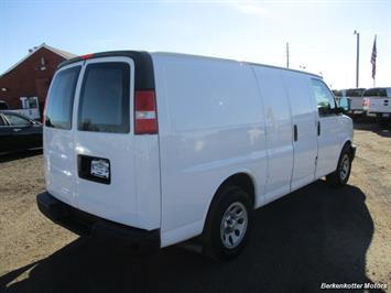 2014 Chevrolet Express 1500 AWD Cargo 4x4 - Photo 7 - Brighton, CO 80603