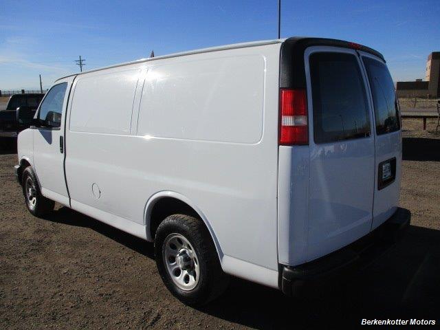 2014 Chevrolet Express 1500 AWD Cargo 4x4 - Photo 5 - Brighton, CO 80603