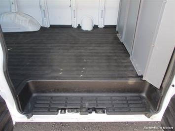 2014 Chevrolet Express 1500 AWD Cargo 4x4 - Photo 26 - Brighton, CO 80603