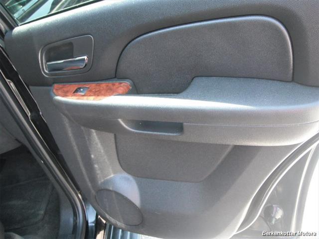 2007 Chevrolet Tahoe 4x4 - Photo 20 - Brighton, CO 80603