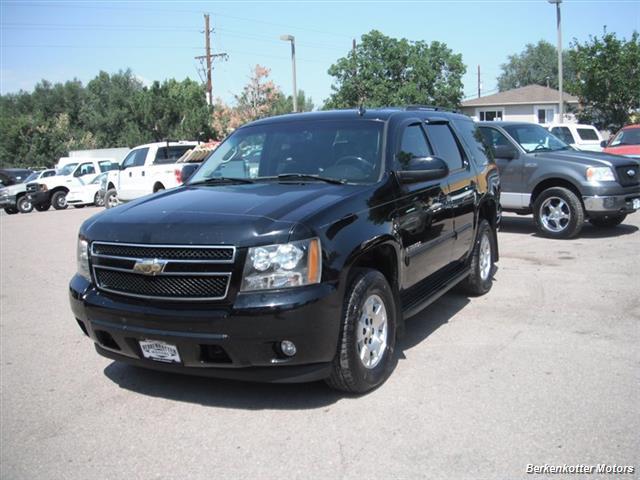2007 Chevrolet Tahoe 4x4 - Photo 3 - Brighton, CO 80603