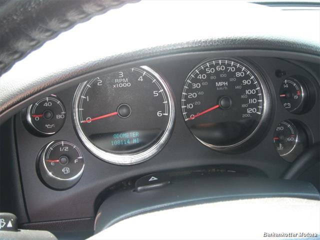 2007 Chevrolet Tahoe 4x4 - Photo 16 - Brighton, CO 80603