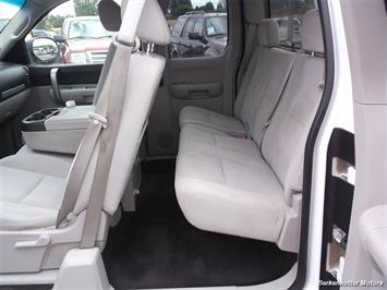 2007 Chevrolet Silverado 1500 XLT Extended Cab 4x4 - Photo 14 - Castle Rock, CO 80104
