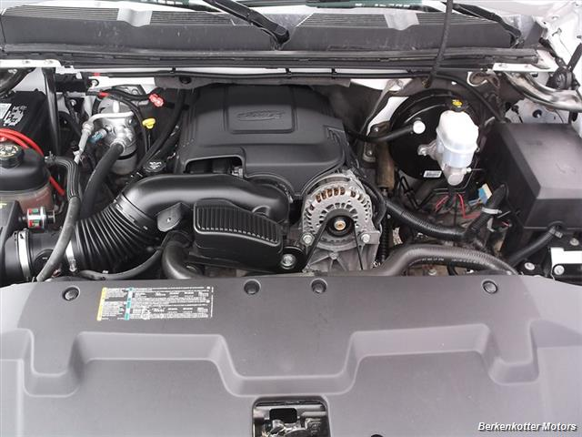 2007 Chevrolet Silverado 1500 XLT Extended Cab 4x4 - Photo 21 - Castle Rock, CO 80104