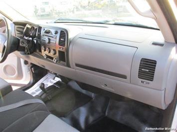 2008 Chevrolet Silverado 2500 LT Extended Quad Cab 4x4 - Photo 18 - Brighton, CO 80603