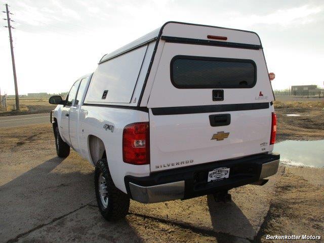 2008 Chevrolet Silverado 2500 LT Extended Quad Cab 4x4 - Photo 11 - Brighton, CO 80603