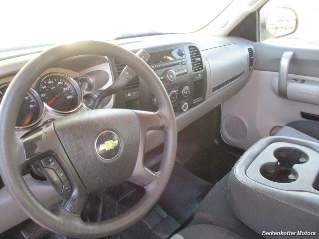 2008 Chevrolet Silverado 2500 LT Extended Quad Cab 4x4 - Photo 35 - Brighton, CO 80603
